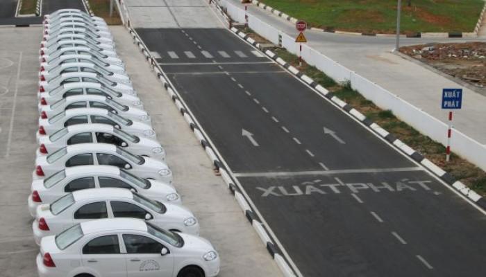 Học bằng lái xe ô tô cấp tốc tại Nghệ An