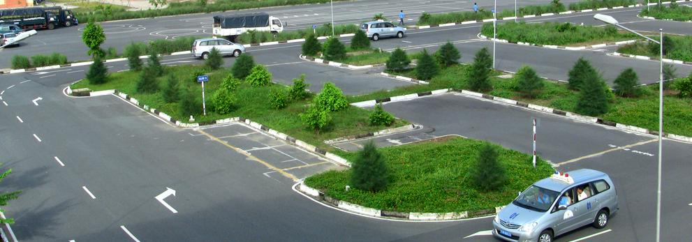 Học bằng lái xe ô tô cấp tốc tại Vianh uy tín