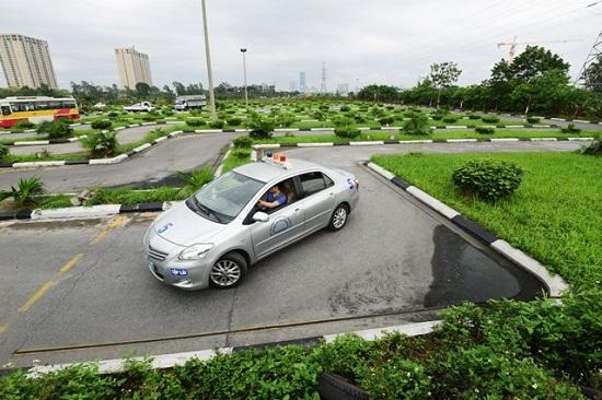 Học lái xe ô tô cấp tốc giá rẻ tại Nghệ An